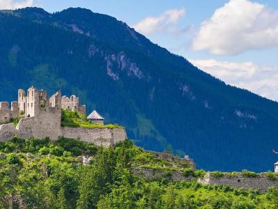 Geheimgang auf Burgruine Ehrenberg entdeckt